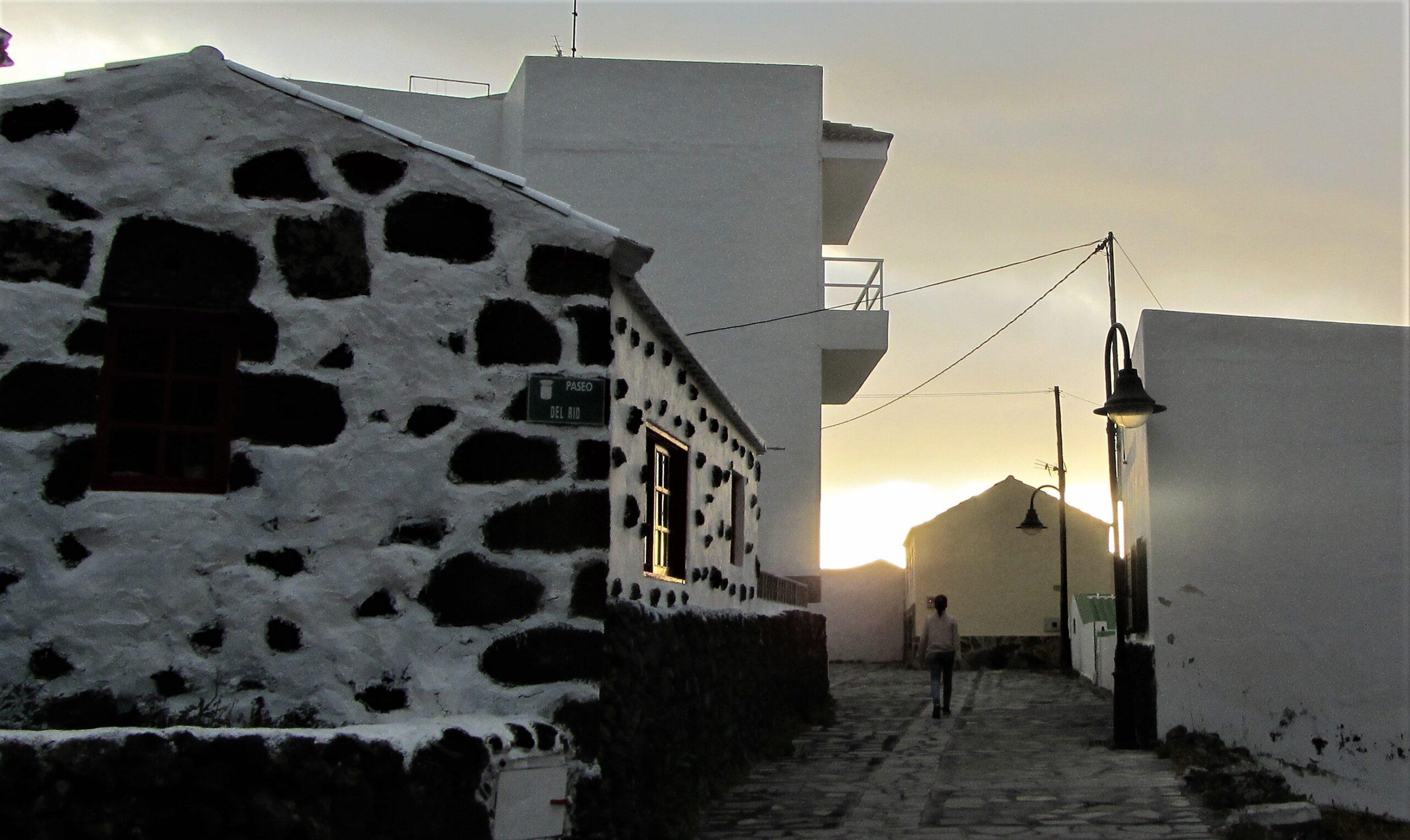A street in Tamaduste