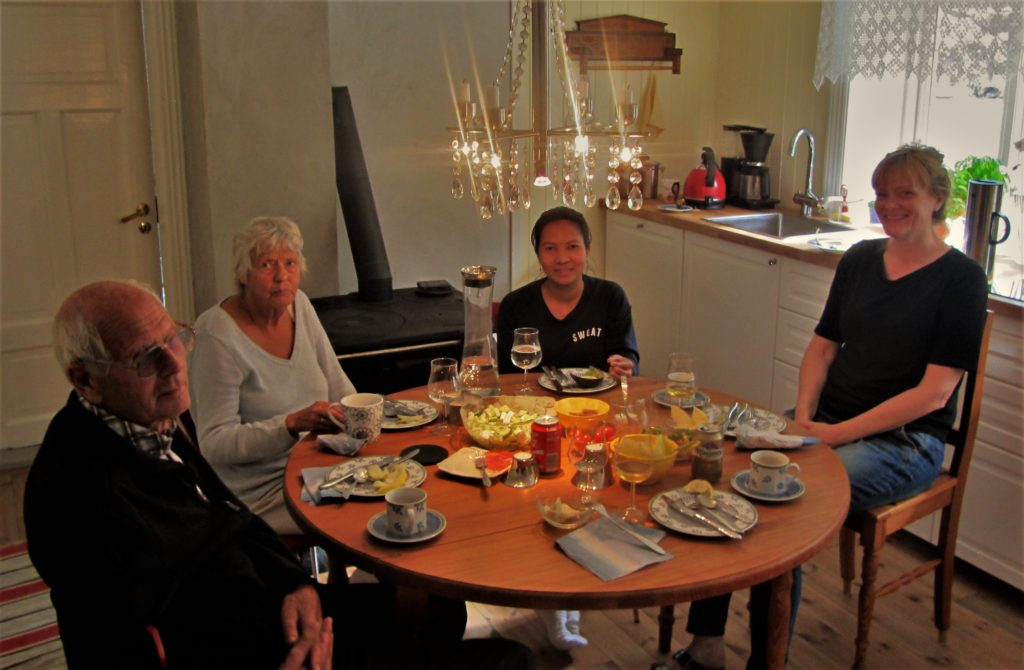 Afternoon tea at Hildur's place